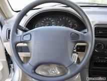 铃木羚羊1.3L 手动 舒适型方向盘图片
