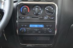 奔驰E级长轴距1.2L 运动版 活力型中控台图片