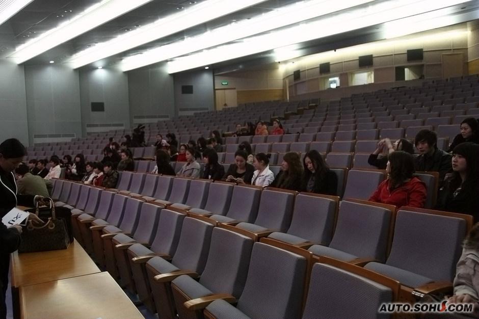北京车展吉利展台礼仪选秀大曝光
