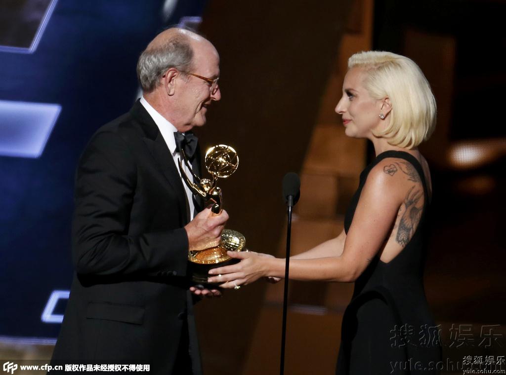 67届艾美奖 奥丽芙 基特里奇 获多项大奖