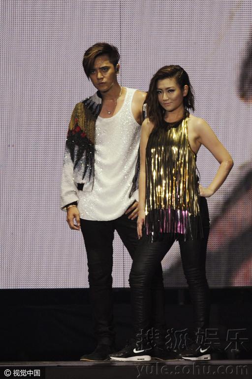 罗志祥 Selina十年后同台热舞 众好友台下助阵