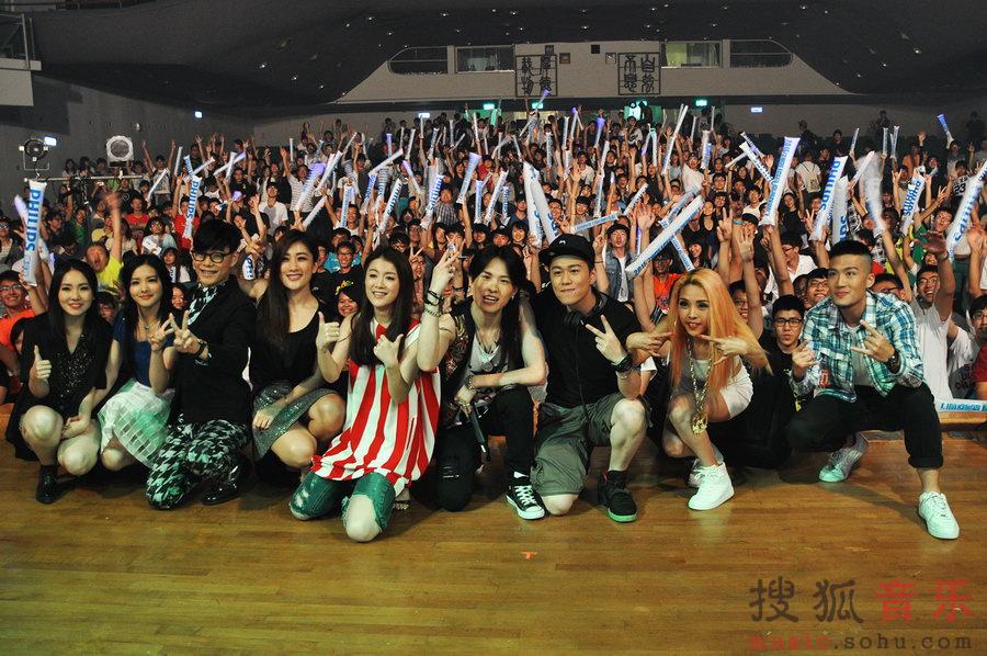 6月3日来到了风景美如画的清华大学,与清华大学的学霸们共赴一场图片
