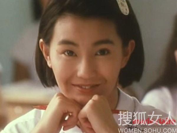 张曼玉/近日,微博热传的张曼玉和钟楚红在1988年拍摄的《流金岁月》...