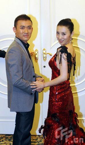 这对演员夫妇也被曝已经办理离婚手续.4月16日上午,聂远经纪人