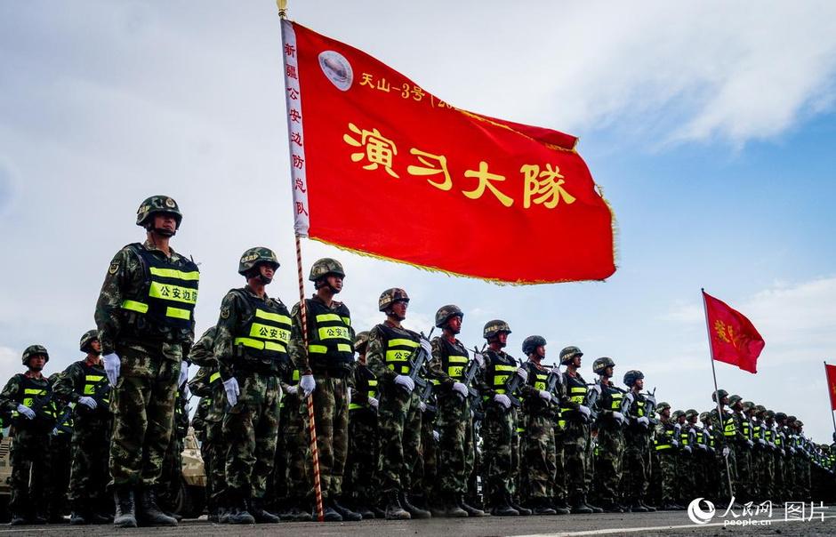 中吉边防部门举行天山-3号(2017)联合反恐演习