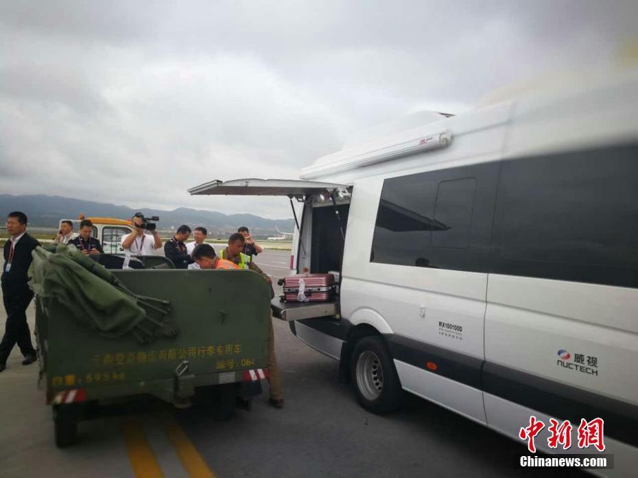 昆明机场一误机乘客谎称机上有炸弹 致飞机返航
