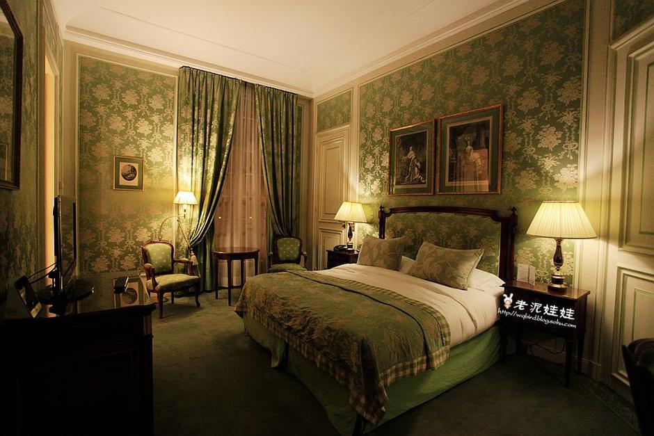 法式豪华超大卧室