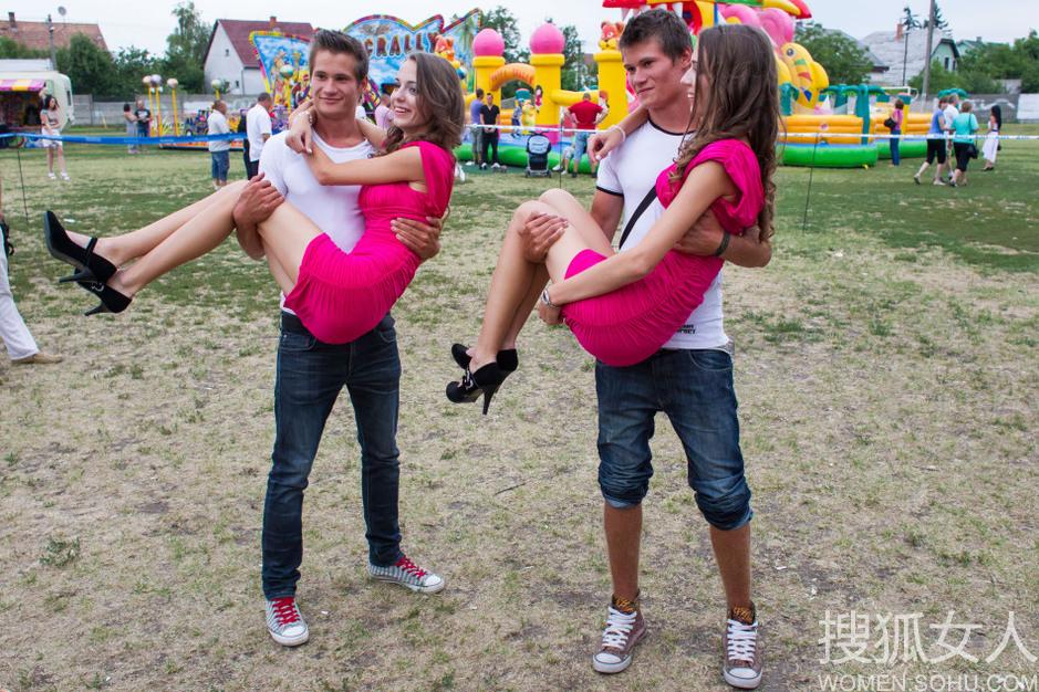 匈牙利双胞胎大聚会 - 一壶清茶 - 一壶青茶-----欢迎你!