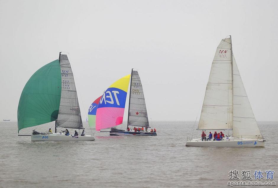 高清:环渤海帆船拉力赛首日 卫冕冠军表现抢眼