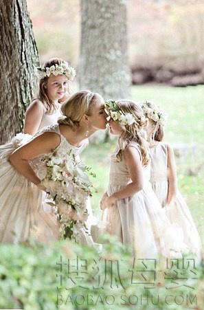 时尚宝贝 精美宝宝大图                  婚礼上萌翻人的可爱花童 婚