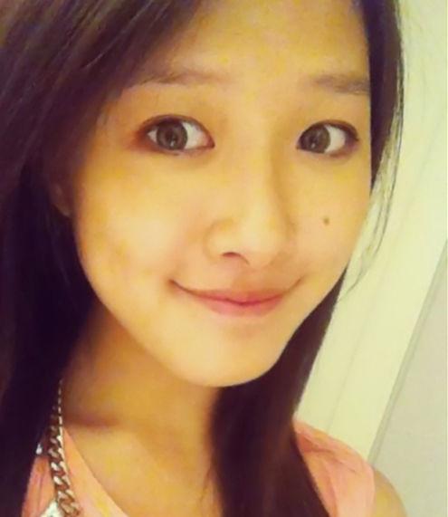 王伟忠19岁女儿曝光 长相甜美清纯可人