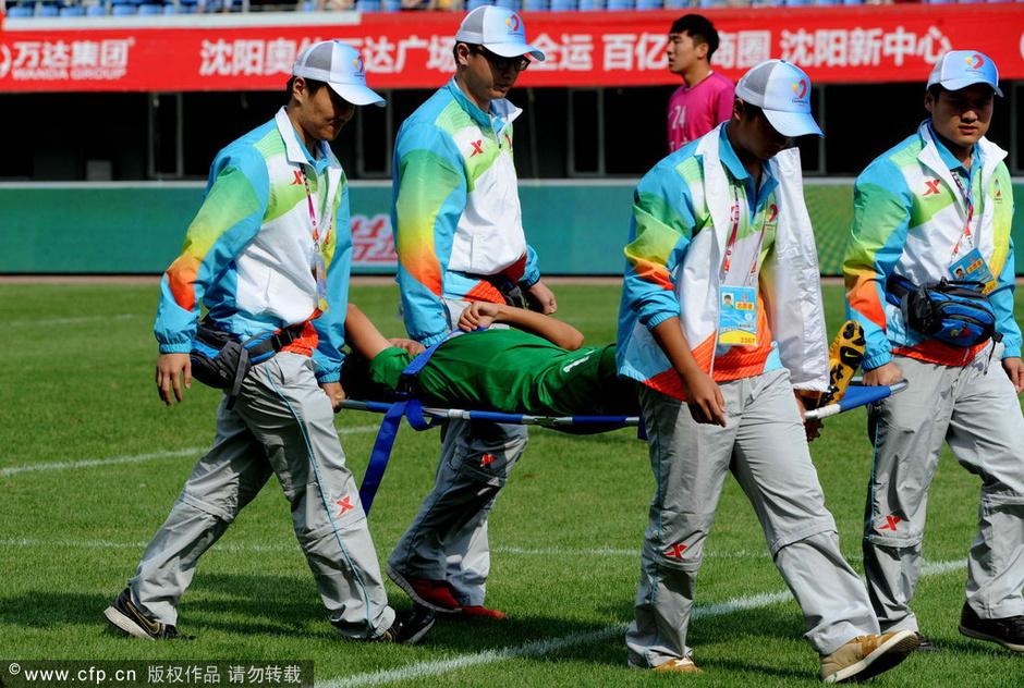 点球大战中,新疆队队长穆斯塔帕罚丢点球,辽宁队以6-5的总比分获胜,率