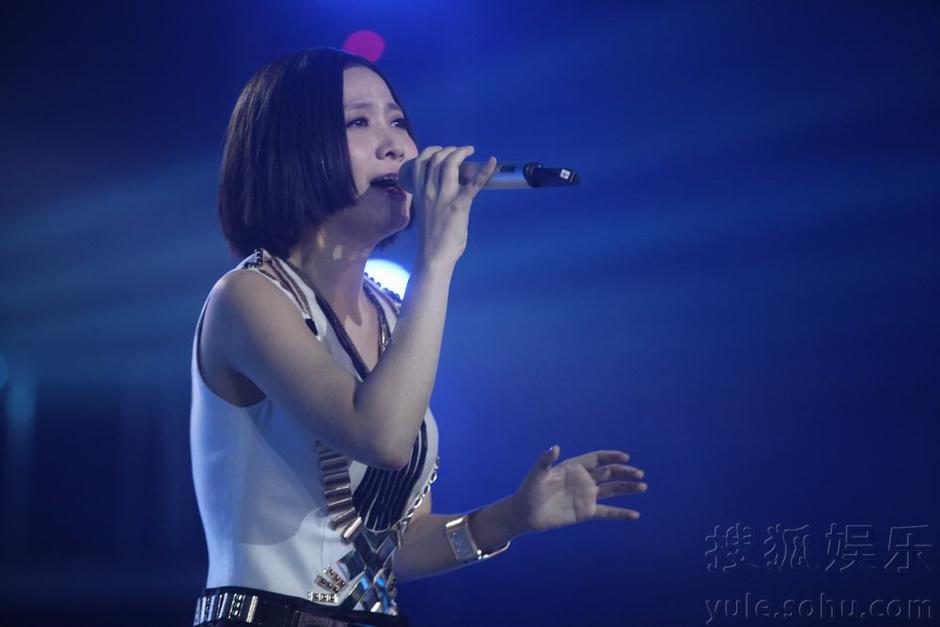第二季《中国好声音》学员——姚贝娜