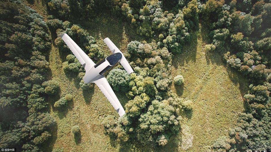 德国纯电动飞机试飞成功 时速300公里