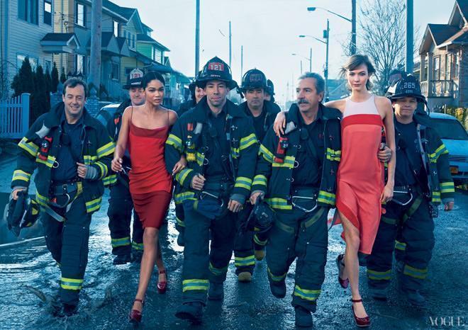 美女配英雄 消防战士与性感超模合拍大片