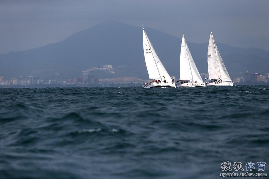 高清图:环海南岛国际大帆船赛 扬帆起航正当时