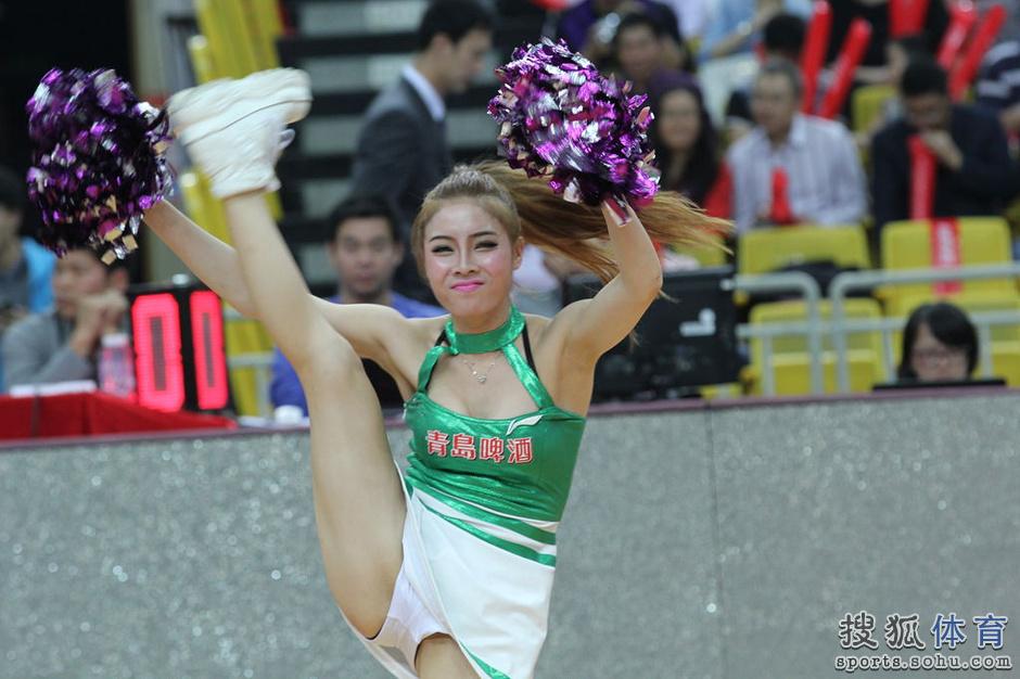 美女性感热舞高清_韩国bj朴妮唛女主播性感热舞美女自拍01高