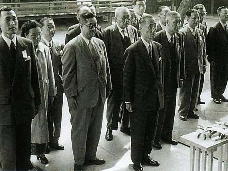 那些参拜过日本靖国神社的中国人