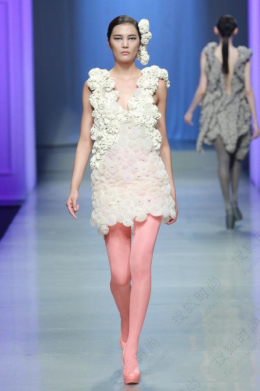 """由中国服装设计师协会与汉帛(国际)集团共同主办的""""汉帛奖""""第22届"""