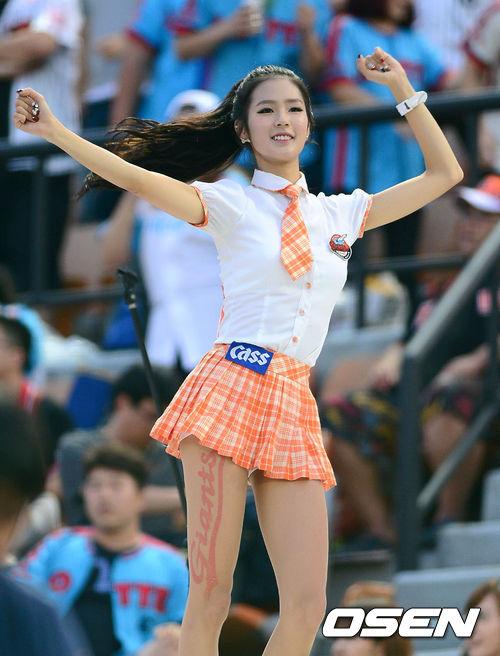 高清:韩国职棒啦啦队性感热舞
