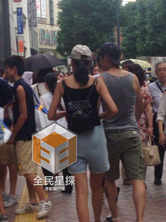 蒋劲夫恋情疑曝光 携绯闻女友蜜游东京