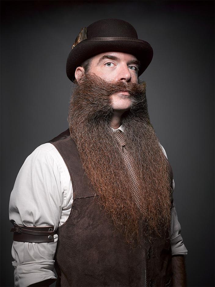 男人秀牛子囹�a_千奇百怪 胡子锦标赛将男人秀给你看