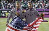 北京时间8月5日,2012年伦敦奥运会网球项目继续第八比赛日争夺,男双项目开始最后的决赛争夺,头号种...