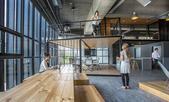 作为新台北市最大物流中心的主要办公区和接待室,ALP的业主想为仓库工作场所建立一个参考设计。JC A...