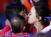 北京时间8月12日凌晨,2012年伦敦奥运会男子拳击49kg级的最后决赛开战,卫冕冠军、中国选手邹市...