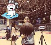 近日,一位被称为最美篮球裁判的篮球女神在网络上走红,该女生叫亓浩,是湖南师范大学的学生,同时也是该校...