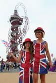 北京时间2012年7月28日,伦敦奥运会开幕式即将上演,场内外现性感美女观众。更多奥运视频>> 更多...
