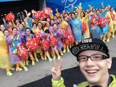 搜狐娱乐讯 8月初发行首张同名实体专辑《平安》的新生代唱将平安,因其积极正面、励志的正能量形象以及精...