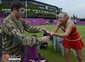 北京时间2012年7月27日,2012年伦敦奥运会,小德领衔各路高手备战,沃兹尼亚奇受士兵追捧。更多...