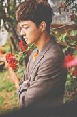 搜狐娱乐讯 近日,韩国男团VAV在公开7月初回归的新歌歌名前,提前为粉丝带来特别惊喜,公开了全员新歌...