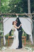 跳舞唱歌8种创意婚礼入场方式