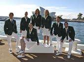 北京时间7月10日,澳大利亚奥运代表团拍摄奥运制服写真。