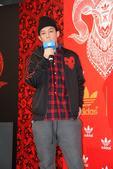 搜狐娱乐讯 (上海站 骆俊澎/图文 何雨建/视频)昨日,Adidas Originals在上海举行盛...