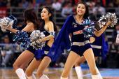 北京时间3月17日晚,14-15赛季CBA联赛进入总决赛第4场角逐。在五棵松体育馆,坐镇主场的卫冕冠...