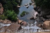 连日降雨过后,北九水景区水量充盈,多处瀑布呈现飞流状,令在此间游玩的朋友们兴奋不已。南线看山...