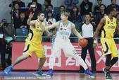 北京时间2月19日,福建男篮主场迎战北控男篮,作战主场的福建男篮十分积极。