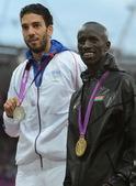 北京时间8月7日,肯尼亚凯姆博伊获颁伦敦奥运会男子3000米障碍赛金牌。更多奥运视频>> 更多奥运图...