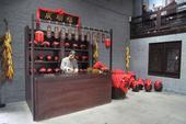 酒文化小院的位置在公私合营前福顺成老烧锅的旧址,图集为按照老烧锅前店后厂的经营模式进行复原的样子。