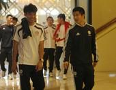 多哈当地时间11月11日,中国男足在下榻的喜来登酒店为对决伊拉克的比赛进行最后准备;比赛前的4个小时...