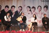 搜狐娱乐讯 电影《咱们结婚吧》即将于4月2日全国温暖呈现。昨日(3月15日),电影《咱们结婚吧》提前...