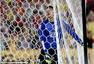 高清图:中国队失球集体失落 武磊对抗澳洲队长