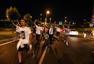 土耳其军事政变发生激烈交火 民众上街抗议