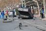 青岛黄岛区爆炸冲击力巨大 公交车当场被掀翻