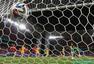 高清图:世界杯智利战澳大利亚 巴萨魔翼先破门