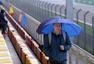 F1中国站2练因天气原因取消 车迷热情不减(图)