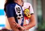 高清图:世界杯结束宝贝不歇 商家频出揽客新招